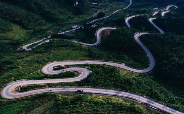 Di chuyển bằng ô tô lên Hà Giang