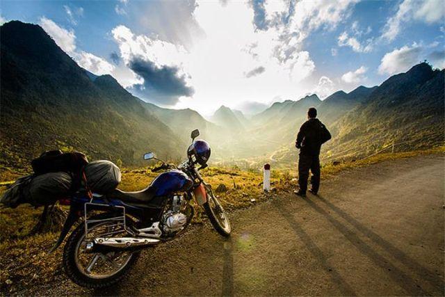 Du lịch Hà Giang mùa hoa tam giác mạch bằng xe máy