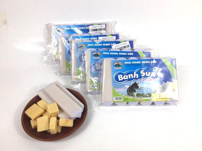 Lựa chọn những hộp Bánh sữa Mộc Châu làm quà khi trở về
