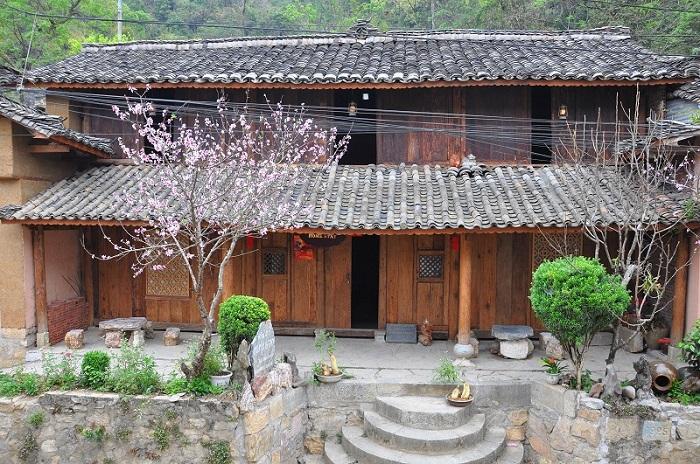 Những ngôi nhà cổ Homestay tại Đồng Văn
