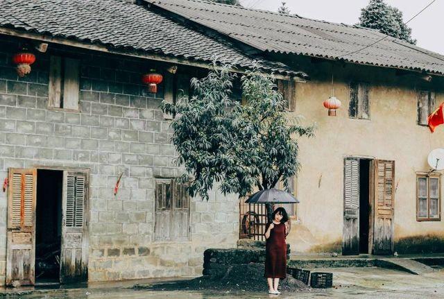 Phố cổ Đồng Văn - Địa điểm lý tưởng khi du lịch Hà Giang mùa hoa tam giác mạch