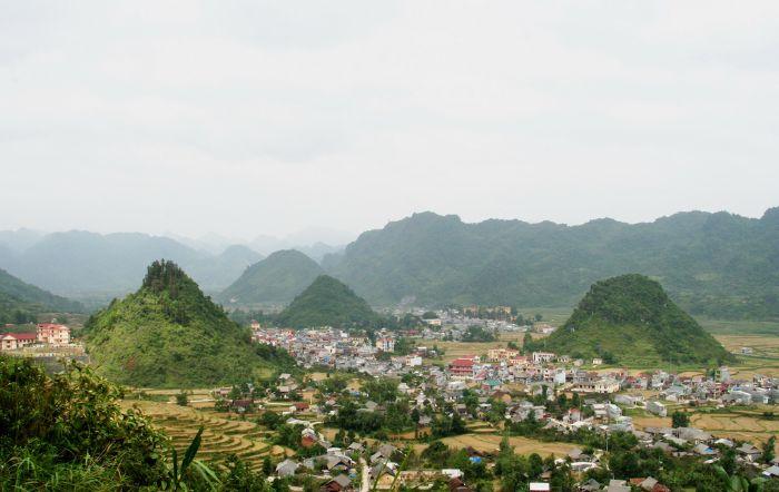 Huyện Quản Bạ