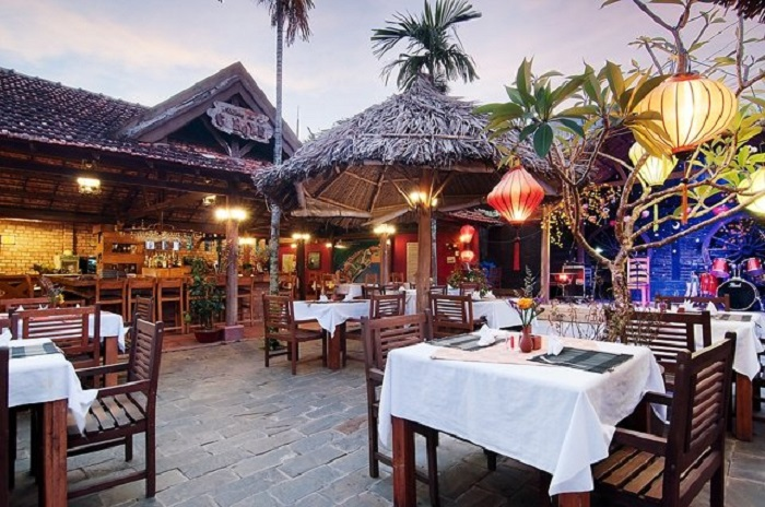 Tại nhà hàng Trùng Dương Phú Quốc