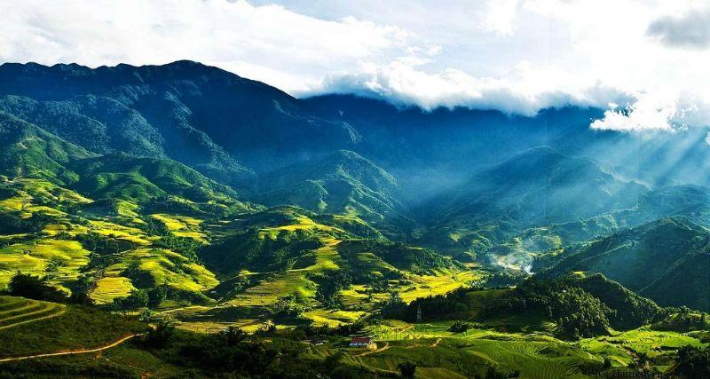Hình ảnh núi rừng SaPa hùng vĩ bạn sẽ được chiêm ngưỡng