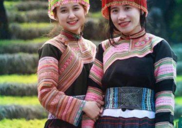 Du lịch Sapa nên mặc đồ thổ cẩm