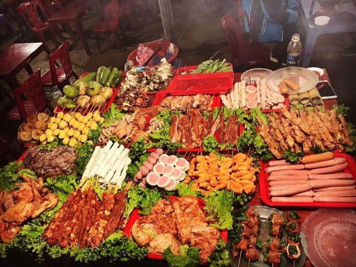 Đừng quên thưởng thức các món ngon tại Khu đồ nướng Sapa