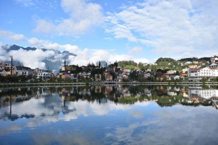 Hồ Sapa địa điểm hút khách gần khu vực trung tâm Sapa