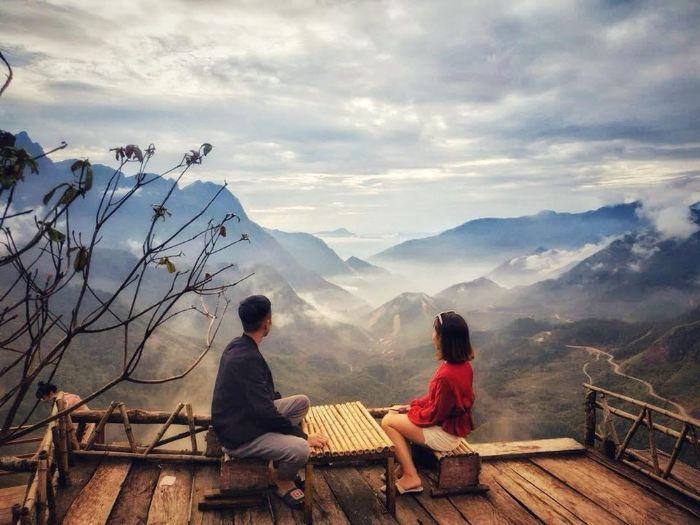 Đừng quên ngắm cảnh đẹp hùng vĩ của Sapa từ một nơi có view đẹp
