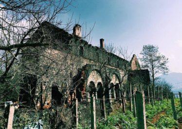 Tu viện Tả Phìn hoang sơ nhưng vẫn mang vẻ đẹp cổ điển