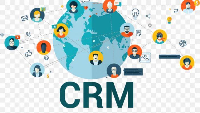 Đối tượng của CRM là khách hàng, quản lý và mối quan hệ đầu tư