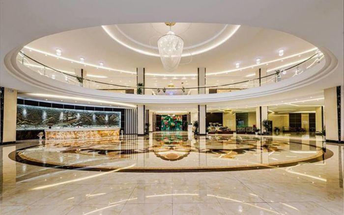 Sảnh khách sạn đẹp sẽ gây được ấn tượng với du khách