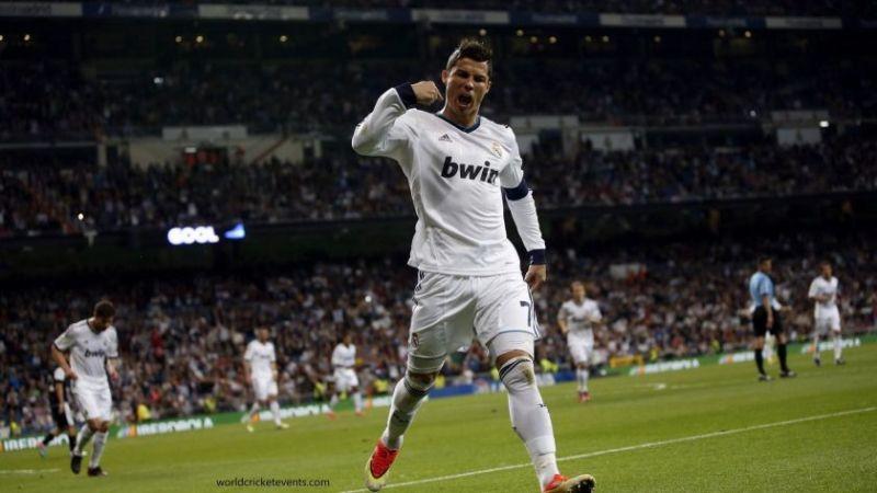 hình nền Ronaldo cực chất tải ngay về máy tính để cài làm hình nền