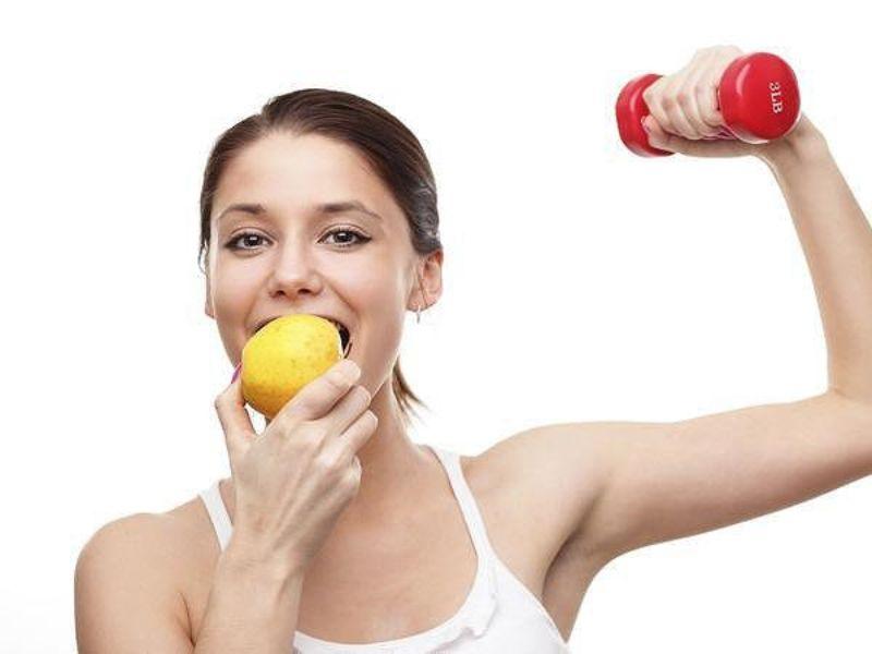 Không nên ăn no trước khi tập Gym