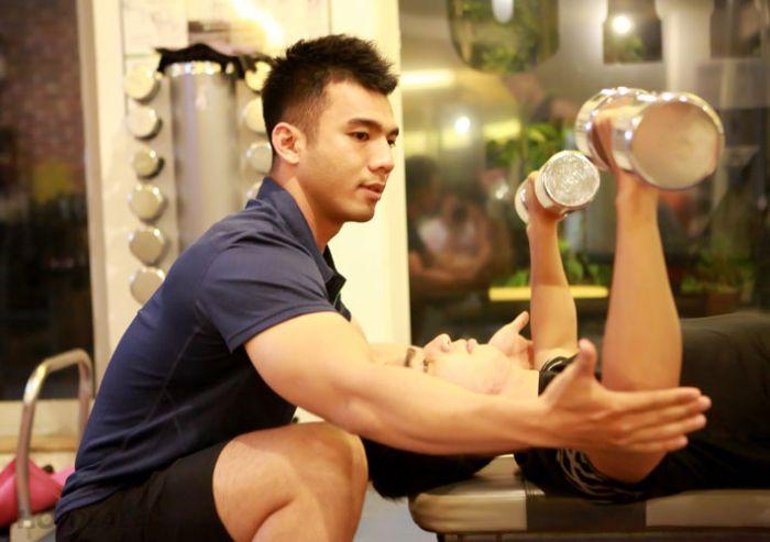 Nguyên nhân tập gym bị đau đầu